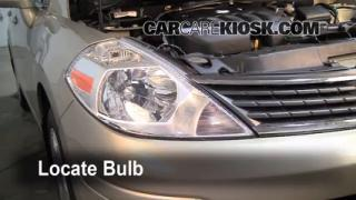Headlight Change 2007-2012 Nissan Versa