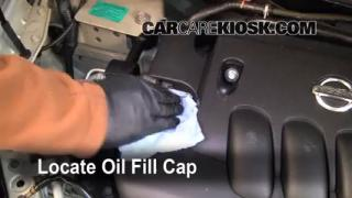 How to Add Oil Nissan Versa (2007-2012)