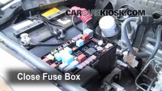 Replace a Fuse: 2003-2009 Toyota 4Runner
