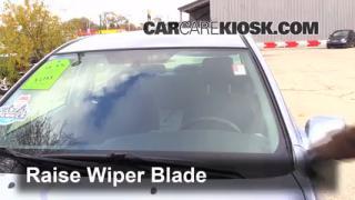 Front Wiper Blade Change Toyota Matrix (2003-2008)