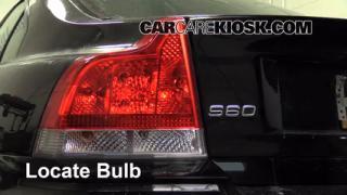 Brake Light Change 2001-2007 Volvo V70
