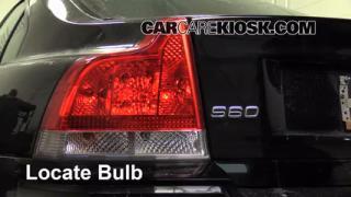 Tail Light Change 2001-2007 Volvo V70