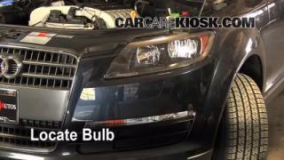 Front Turn Signal Change Audi Q7 (2007-2014)