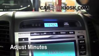 How to Set the Clock on a Kia Sorento (2011-2011)