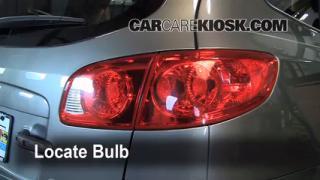 Rear Turn Signal Replacement Kia Sorento (2011-2011)