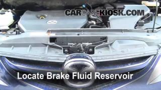 2006-2010 Mazda 5 Brake Fluid Level Check