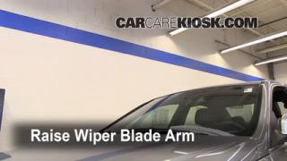 Front Wiper Blade Change Mercedes-Benz C300 (2008-2013)