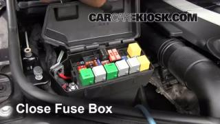 Replace a Fuse: 2007-2011 Dodge Nitro