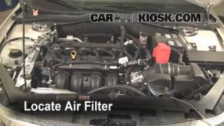 2010-2012 Ford Fusion Engine Air Filter Check