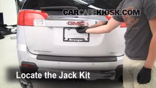 2010-2014 GMC Terrain Jack Up How To