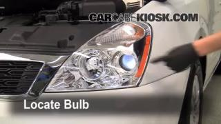 Headlight Change 2006-2012 Kia Sedona