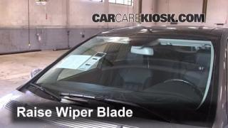 Front Wiper Blade Change Mercedes-Benz R350 (2006-2012)