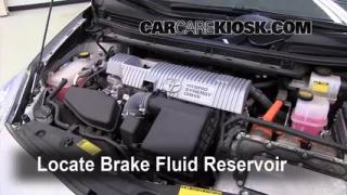 2010-2013 Toyota Prius Brake Fluid Level Check