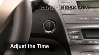 How to Set the Clock on a Toyota Prius (2010-2013)