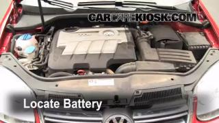 Battery Replacement: 2005-2014 Volkswagen Jetta