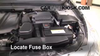 replace a fuse 2011 2013 hyundai sonata 2011 hyundai. Black Bedroom Furniture Sets. Home Design Ideas