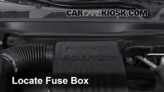 Replace a Fuse: 2010-2014 Chevrolet Equinox