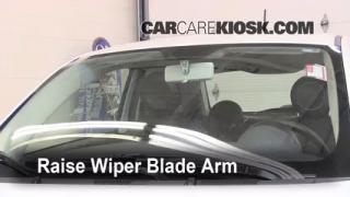 Front Wiper Blade Change Fiat 500 (2012-2013)