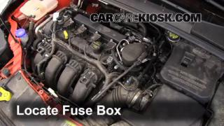 Replace a Fuse: 2012-2013 Ford Focus