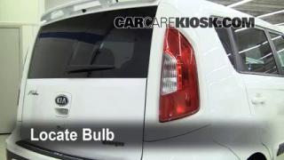 Brake Light Change 2010-2013 Kia Soul