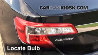 rear turn signal replacement toyota camry