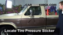 1984 Ford F-250 6.9L V8 Diesel Standard Cab Pickup Tires & Wheels