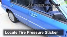1994 Mercury Tracer 1.9L 4 Cyl. Sedan Neumáticos y ruedas