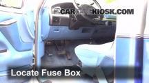 1995 Ford F-250 XL 7.5L V8 Standard Cab Pickup (2 Door) Fusible (interior)