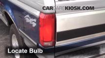 1995 Ford F-250 XL 7.5L V8 Standard Cab Pickup (2 Door) Lights