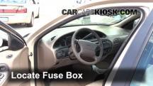 1999 Ford Taurus LX 3.0L V6 Fusible (interior)