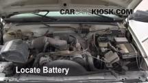 2000 GMC C3500 Sierra SL 7.4L V8 Extended Cab Pickup (2 Door) Battery