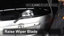 2001 Toyota Highlander 3.0L V6 Windshield Wiper Blade (Rear)