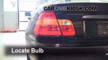2002 BMW 325i 2.5L 6 Cyl. Sedan Luces