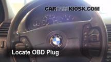 2002 BMW 325i 2.5L 6 Cyl. Sedan Compruebe la luz del motor
