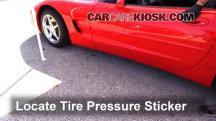 2002 Chevrolet Corvette 5.7L V8 Convertible Neumáticos y ruedas