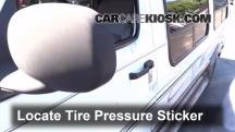 2002 Dodge Ram 1500 Van 5.2L V8 Standard Passenger Van Tires & Wheels