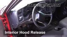 2003 Chevrolet S10 2.2L 4 Cyl. Standard Cab Pickup (2 Door) Capó