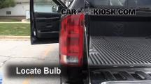 2003 Dodge Ram 2500 5.7L V8 Crew Cab Pickup (4 Door) Lights