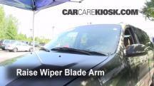 2003 Kia Sedona EX 3.5L V6 Windshield Wiper Blade (Front)