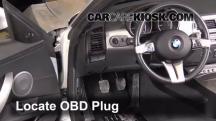 2004 BMW Z4 2.5i 2.5L 6 Cyl. Compruebe la luz del motor