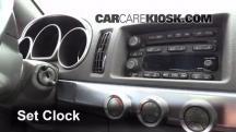 2004 Chevrolet SSR 5.3L V8 Clock
