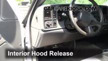 2004 Chevrolet Silverado 1500 LS 5.3L V8 FlexFuel Extended Cab Pickup (4 Door) Capó
