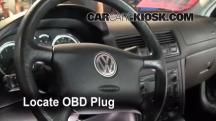 2004 Volkswagen Jetta GL 2.0L 4 Cyl. Sedan Compruebe la luz del motor
