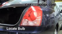 2005 Hyundai Elantra GLS 2.0L 4 Cyl. Sedan (4 Door) Luces