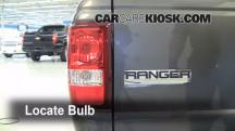 2008 Ford Ranger XL 2.3L 4 Cyl. Standard Cab Pickup Luces