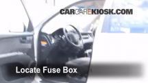 2008 Kia Sportage LX 2.0L 4 Cyl. Fusible (interior)