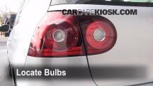 2008 Volkswagen Rabbit S 2.5L 5 Cyl. (2 Door) Luces