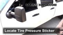 2009 Chevrolet Silverado 3500 HD LT 6.6L V8 Turbo Diesel Crew Cab Pickup (4 Door) Neumáticos y ruedas