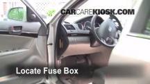 2009 Hyundai Sonata GLS 2.4L 4 Cyl. Fusible (interior)