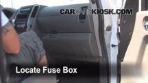 2009 Nissan Frontier LE 4.0L V6 Crew Cab Pickup Fuse (Interior)